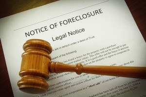 foreclosure 300x200 Luxury Homes and Foreclosure: A New Trend for Buyers?