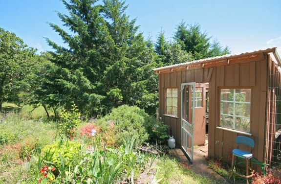 Garden Shed575 20950 SW Vineyard Lane in McMinnville