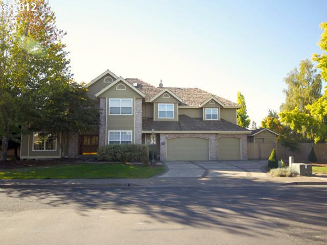 12604591 1 FEATURED LISTING  2351 NW Pinehurst, McMinnville, Or 97128