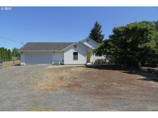 13572841 2 FEATURED LISTING  405 7th St, Dayton, OR 97114