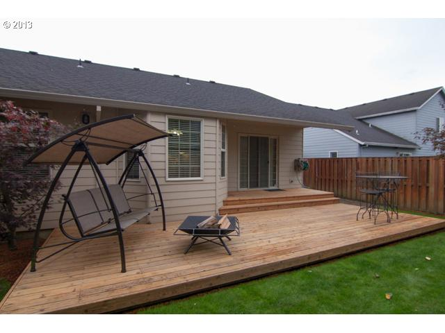 13482818 16 FEATURED LISTING 2571 NW Oak Ridge Dr, McMinnville, Or 97128