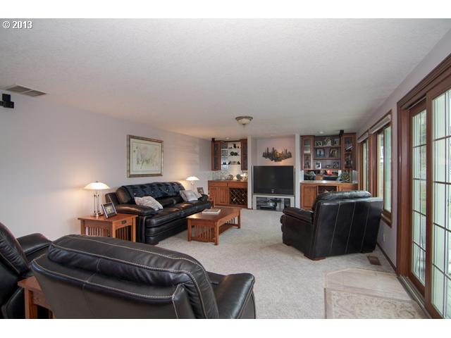 hawthorne 3 FEATURED LISTING  159 Hawthorne Ct, Dundee, Or 97115