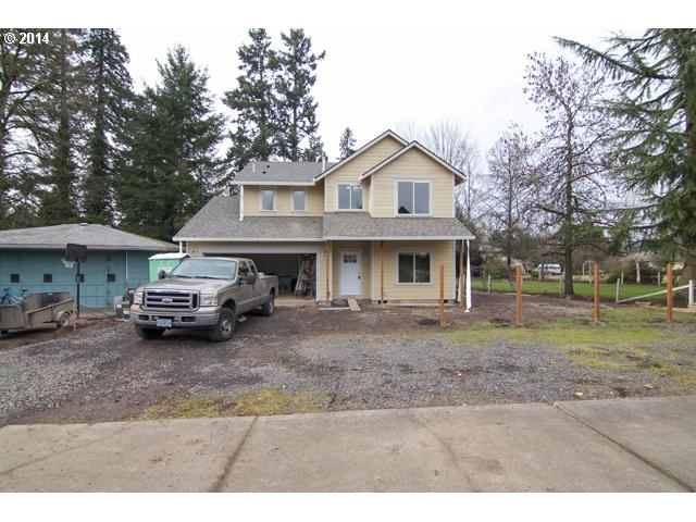 13428539 2 FEATURED LISTING  705 Dayton Ave, Newberg, OR 97132