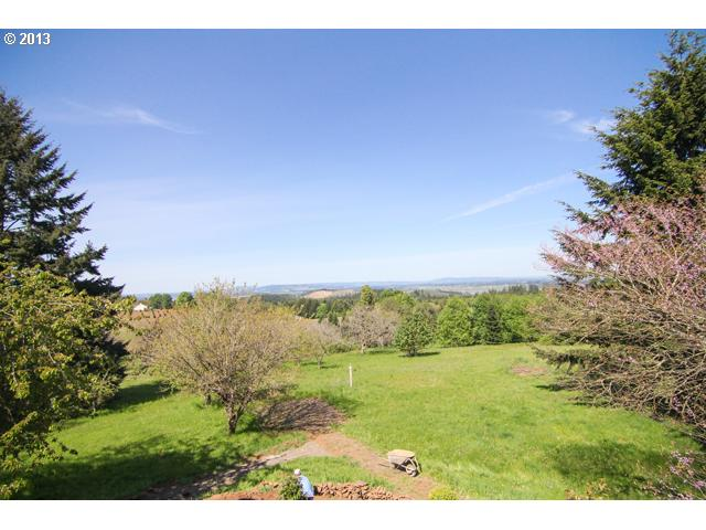 13447045 16 FEATURED LISTING  17451 SE Walnut Hill Rd, Amity, OR 97111