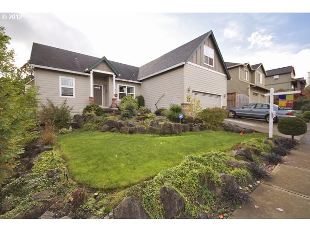 12631882 2 FEATURED LISTING 1800 NE Lucy Belle Dr, McMinnville, Or 97128