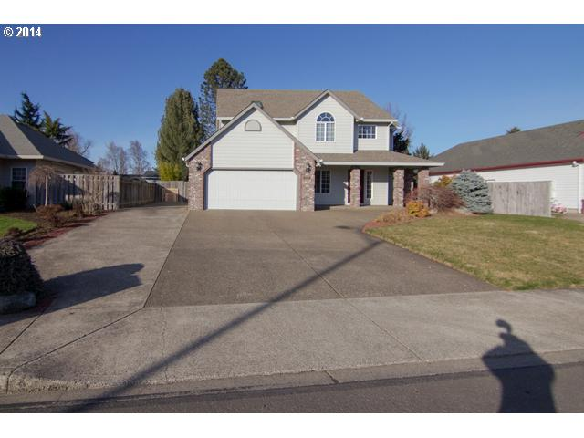 14042921 1 FEATURED LISTING  1259 SW Apperson, McMinnville, OR 97128