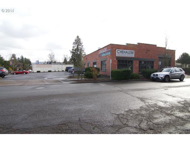 14436188 11 NEW COMMERCIAL LISTING  106 Center St, Newberg, Or 97132