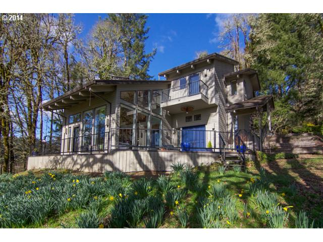 14507017 1 NEW LISTING  19300 SW Meadow View Dr. McMinnville, Or 97128