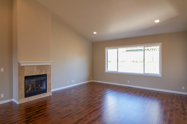 Edited 5 Beautiful New Construction in Lovely McMinnville Neighborhood