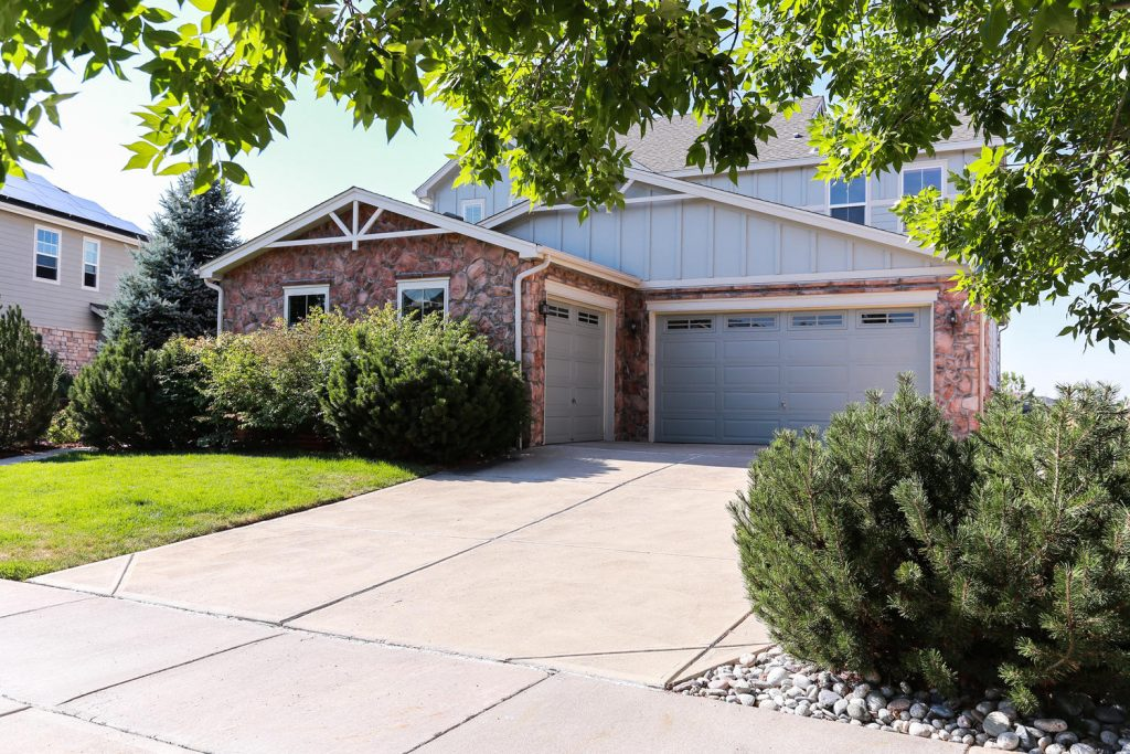 7044 S Fultondale Cir Aurora large 002 5 Garage 1500x1000 72dpi 1024x683 Another Gem in Tallyns Reach with Recent Price Adjustment